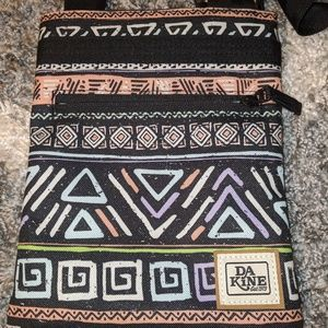 NWOT Dakine crossbody purse